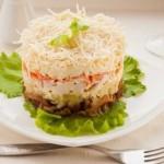 Салат с курицей «под шубой»: свежий взгляд на традиционное блюдо