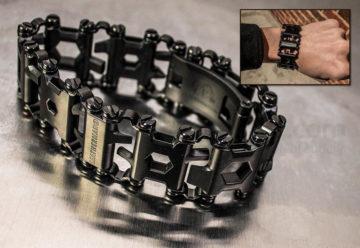 Многофункциональный защитный браслет для ношения отвертки